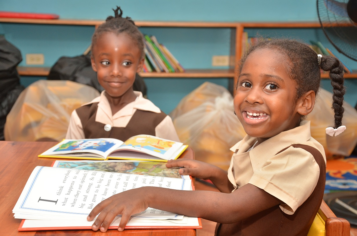 The Sunwing Foundation partners with Books Give Us Wings to spread the love of reading on Read Across Jamaica Day 1