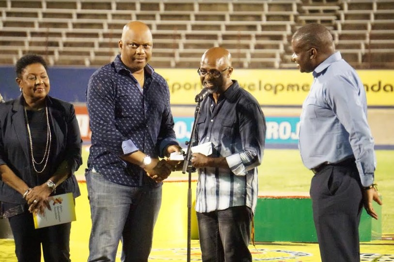 Team Jamaica Bickle Donates US $10k To G.C. Foster College