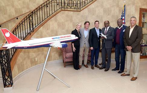 Jamaica's Minister of Tourism Meets New Apple Leisure Group Leadership in Philadelphia 1