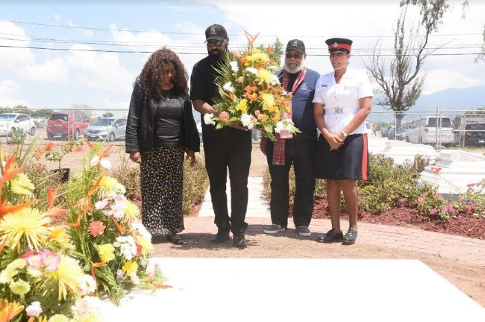 A Special Gathering - Miss Lou Centenary Floral Tribute 1