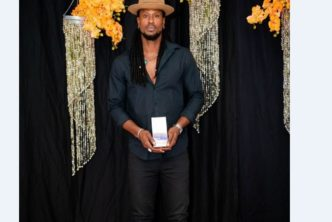 Omari Banks Receives Entertainer of the Year Award by Anguilla Hotel and Tourism Association 2