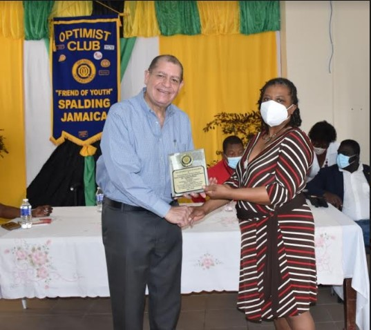 Health Workers Recognized for Long Service and Commitment to COVID-19 Response 1
