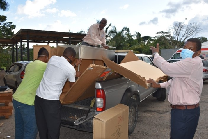 US Embassy donates 3-point-4 million Jamaican Dollars Worth of Equipment to the Southern Regional Health Authority1